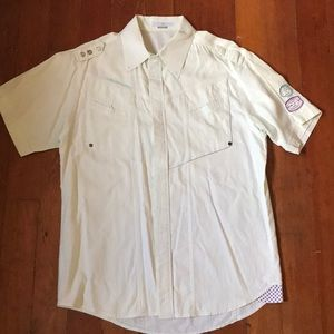 Men's button down short sleeve with stitching